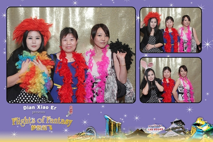 photobooth, singapore, instant prints, photobooth sg, events, dnd, gold backdrop,