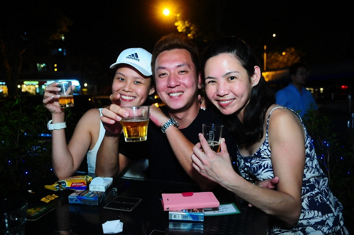 singapore, events, photography, parties, nightlife, christmas events photography, bar room, siglap, christmas, santarinas