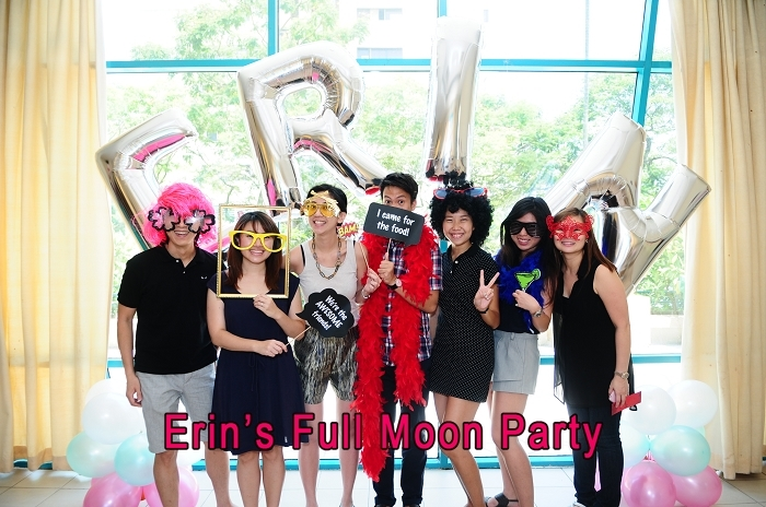 photobooth, live photography, instant prints, live projection, instant photocards, instant photography, credit card size photocards, wireless photography, event photography, singapore