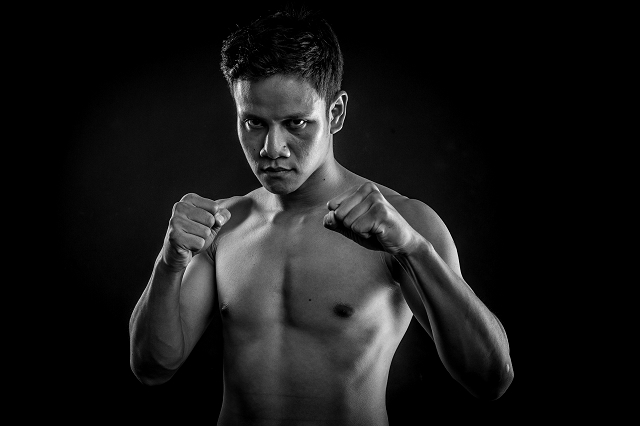 tcw, the chosen wan, singapore first world boxing champion, studio photography singapore, corporate portraits, boxer profile